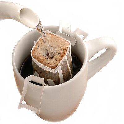 Kaffeebag mit heißem Wasser aufgießen