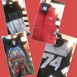 Mens top size L new with tags