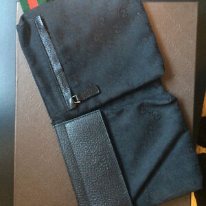 Black Gucci Fanny pack 250.00 FIRM