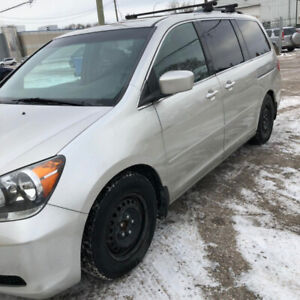 2008 Honda odyssey EXL Clean title!sunroof! freshsafety! FOR SA