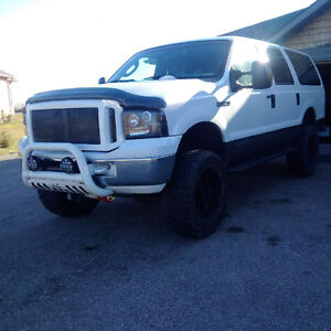 2005 Ford Excursion SUV, 8 seater ! many upgrades !!