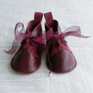 NEW BRAVE NEW SOLES locally-made leather crib shoes