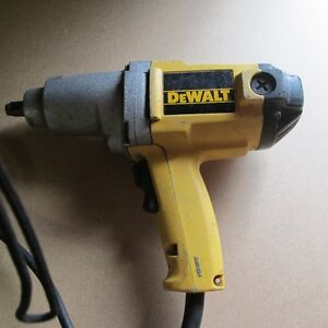 "1/2"" ELECTRICAL IMPACT WRENCH- DEWALT Windsor Region Ontario image 1"