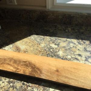 4 boxes of wood laminate