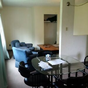 Rooms for rent May 1st
