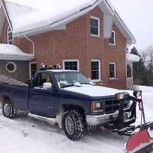 3500 chev with plow and slide in dump box Cambridge Kitchener Area image 1