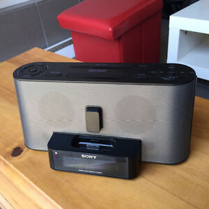Base - radio pour iPod et iPhone