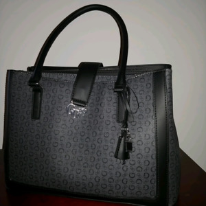 Guess purse shoukder bag