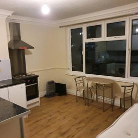 2 stuido flats to rent in Wembley