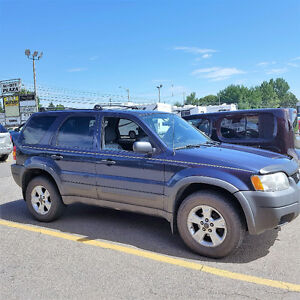 2004 Ford Escape XLT SUV, Crossover