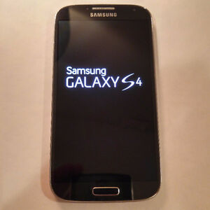 SAMSUNG GALAXY S4 for ROGERS in Perfect Condition / 2 Batteries