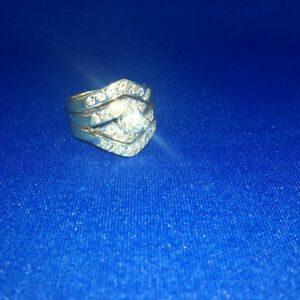 Priced to Sell/Wonderful Christmas Gift - Woman's 14K Gold Ring