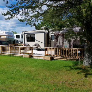 2015 Keystone Hideout Fifth Wheel
