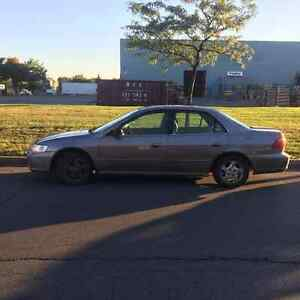 2000 Honda Accord cuir Berline