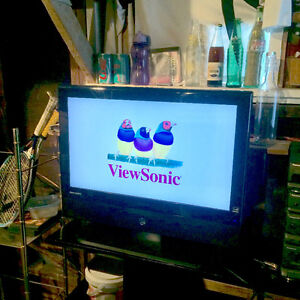 """GREAT 26"""" VIEWSONIC LCD, PERFECT CONDITION"""