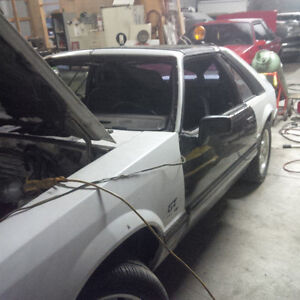 Parting Out  Mustang Gt T Top