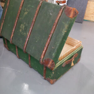 Fabulous Vintage/Antique Boswell Luggage Trunk