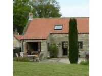 2 Bed Holiday Cottage Sleeps 4 + 1 Baby in Travel Cot. Danby North Yorkshire Moors. 2 Dogs Welcome