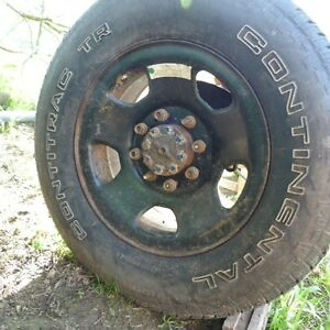 TR 275/70R18 Continental on 8 bolt rims Peterborough Peterborough Area image 1