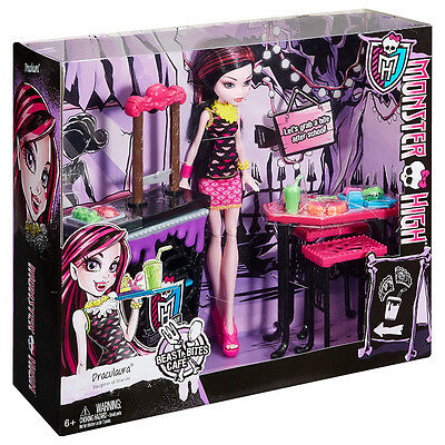 MONSTER HIGH BEAST BITES CAFE WITH DRACULAURA DOLL PLAY SET GIFT TOY