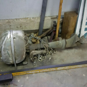 ANTIQUE BOAT MOTOR NOT SEIZED COOL MANCAVE ETC