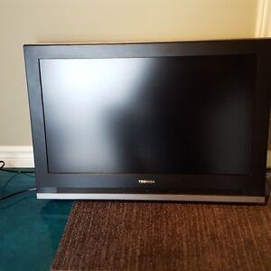Toshiba 32 HL 57 LCD HDMI in excellent cond