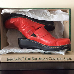 Josef Seibel Red  Leather Shoes size 38=7.5/BRAND NEW NEVER WORN