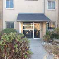 Lovely 2 bedroom apartment located at 645 Wonderland road south