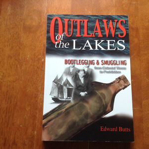 Outlaws of the Lakes by Edward Butts