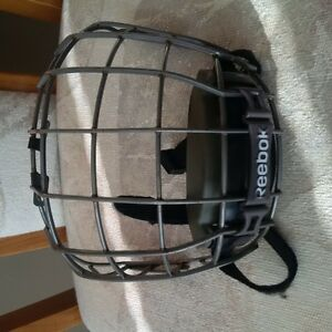 Reebok jr face mask