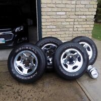 4-255/70R/17 Ford 150 Rims and Tires
