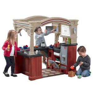 Kids Walk-in Play Kitchen STEP2 Fridge Stove Cupboard