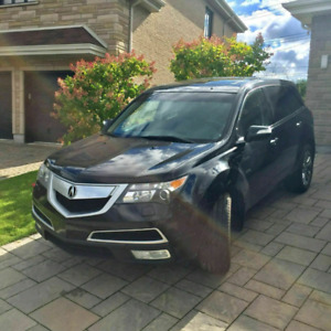 EXCELLENT CONDITION .  2010 Acura MDX in mint condition