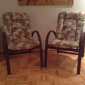 Chaises patio chairs