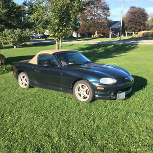 1999 Mazda MX-5 Miata Convertible