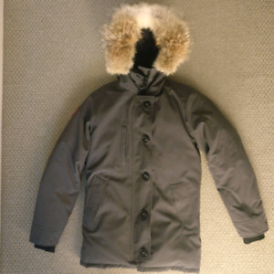 Canada Goose  Men's Chateau Parka - Colour Graphite - XS