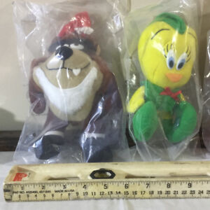 1992 McDonalds Looney Tunes Plush Toys - complete set