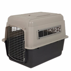 "Petmate 28"" Medium Pet Airline Travel Kennel/Crate"