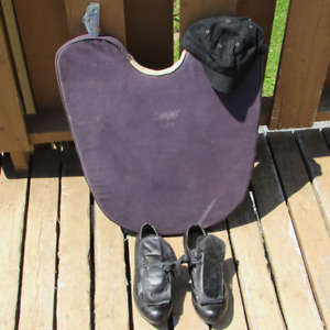 FOR SALE:  UMPIRE GEAR