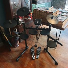 Gear4music DD400+ Electronic Drum Kit