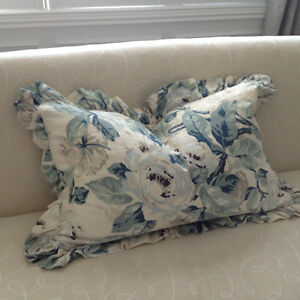 Rare Vintage Hand Painted Bloom Craft Linen QS Pillow Shams