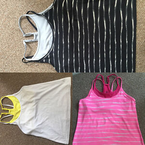 Old Navy Work Out Tops With Built In Shelf Bras