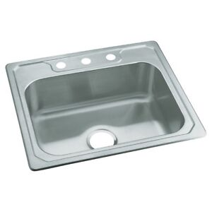 New/never used kitchen sink