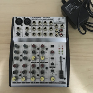 Behringer Eurorack UB1002 Mixer Good Condition