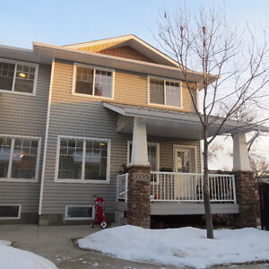 Welcome Home! 4 bedroom, 2 bathroom downtown townhouse.