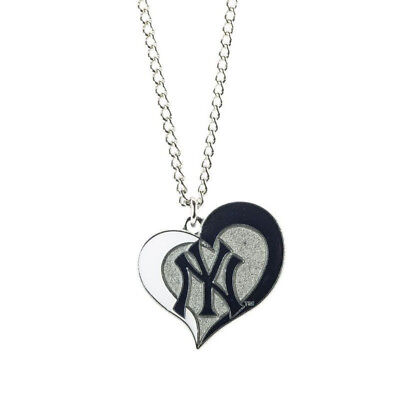 - NWT MLB New York Yankees Swirl Heart Shaped Necklace Dangle Charm