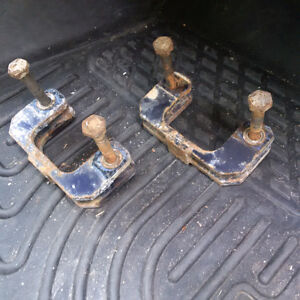 GMC or Chevy pick up truck front leveling kit, Avalache, Tahoe..