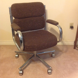 Chair - Office Chair with arm rests, ball casters, tilts