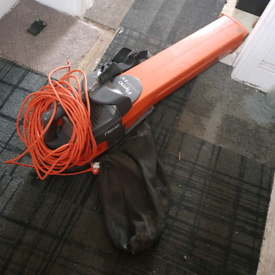 Flymo vacuum