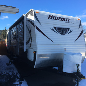 2014 Keystone Hideout BHSWE Cold Mountain (Financing Available)